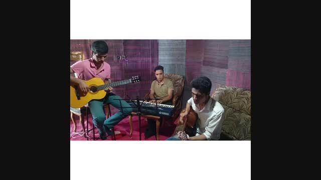 اجرای گروهی آهنگ (عزیزم) با صدای محمد عابدی