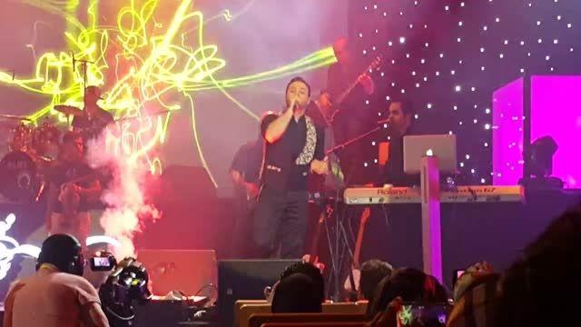 اجرای آهنگ صدای عشق کنسرت 25 اردیبهشت بابک جهانبخش