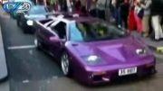 ماشین های لوکس و گران قیمت در خیابانی در لندن!!