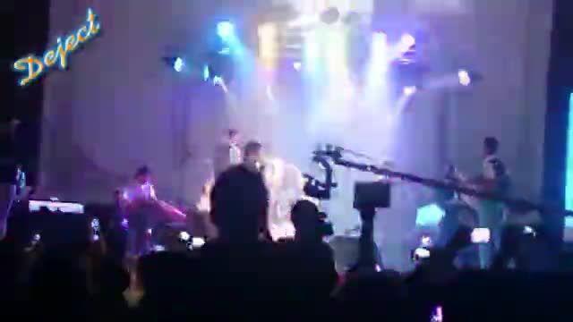 کنسرت مجید خراطها در شهرستان سقز و اجرا آهنگ کُردی