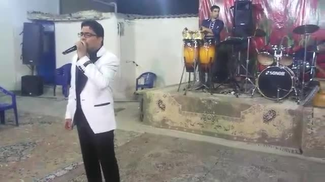 اجرای زنده آهنگ زیبای عاشقم از گروه هنری کارناوال