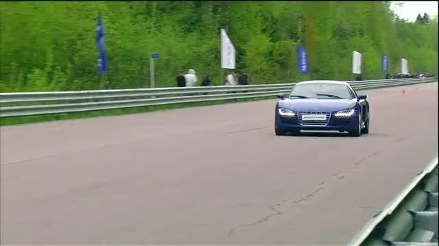 Audi R8 vs Jeep SRT-8 vs Nissan GT-R