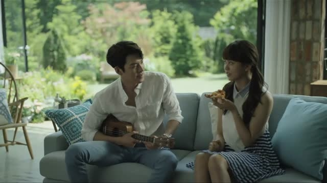 Kim Woobin  Kim Sohyun @ Domino's Pizza TVCF NG 1