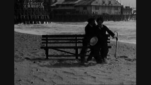 By The Sea 1915 چارلی چاپلین