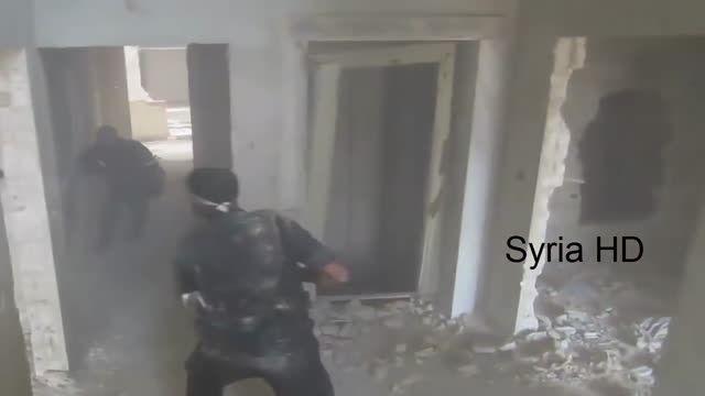 شکار زیبای تکفیری توسط تک تیرانداز سوری در منطقه داریا