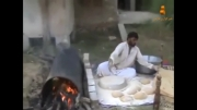 پخت نان یک متری به روش سنتی