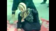 خفه کردن بیرحمانه دختر سوری توسط یکی از تروریستهای سوری