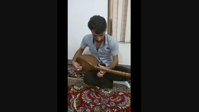 دوتار زدن محمد امین عابد و خواندن موسیقی محلی