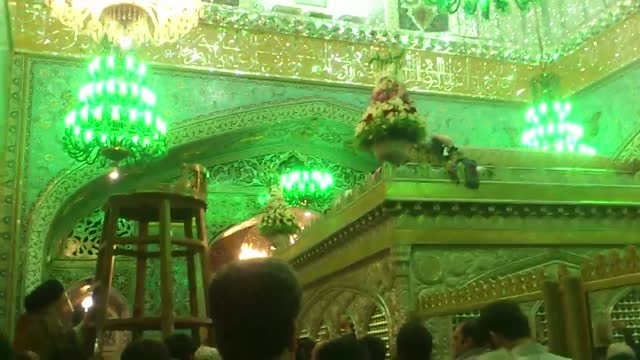 منو ضریح امام رضا - سعید عزتی - تعویض گل ضریح امام رضا