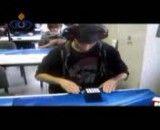 رکورد جهانی ساخت مکعب روبیک با چشمان بسته