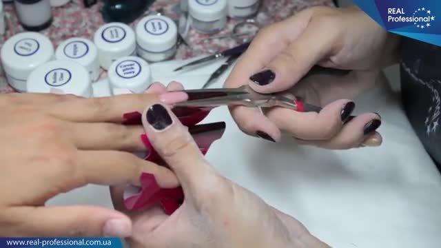 طراحی ناخن حرفه ای با ژل