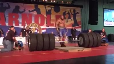 لیفتینگ خارق العاده 500 کیلویی این مرد!!