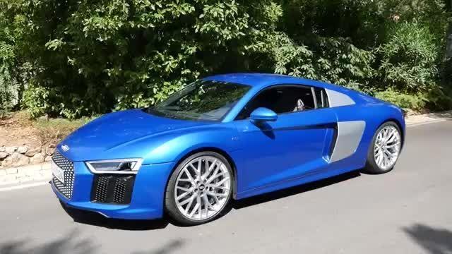 مقایسه آئودی R8 V10 Ara Blue و آئودی R8 V10 Plus