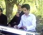 عبدله نصیری اهنگ شاد کردی درباغ بیطاس مهاباد .... موزیک