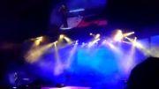 اجرای بسیار با احساس آهنگ دوست دارم کنسرت بابک جهانبخش 10اردیبهشت92 سانس دوم-برج میلاد تهران  babak jahanbakhsh concert