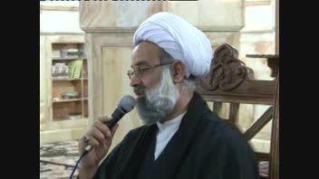غبارویی قبورشهدا درمنطقه مشهد اردهال توسط بسیجیان1393