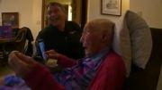پیرزنی ۱۱۴ ساله سنش را کم کرد تا عضو فیس بوک شود
