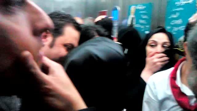 بهنوش بختیاری تو آسانسور گیر کرده!!!!