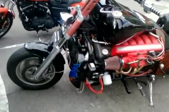 موتور سنگین 12 سیلندر با موتور استون مارتین