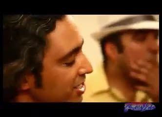 آهنگ خواندن هنرمندان مازیار فلاحی و رضا عطاران در بیمار