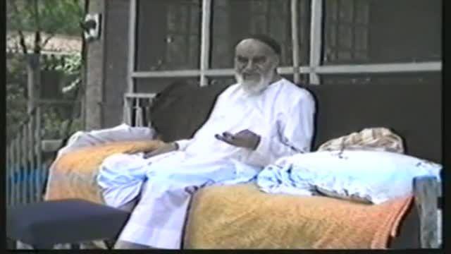 ثبت تصاویری زیبا از زندگی شخصی امام توسط عروس ایشان