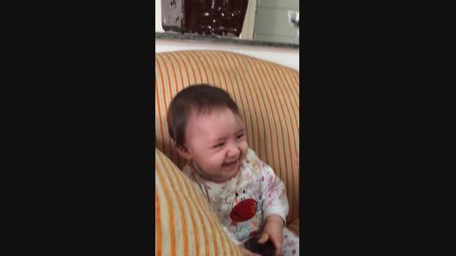 خنده های دختر گلم ترمه خانم در نه ماهگی