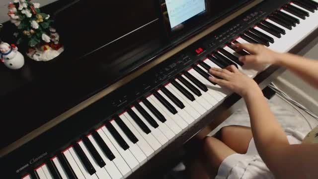 نواختن موسیقی آهنگ Let It Go السا فقط با پیانو(تقدیمی)