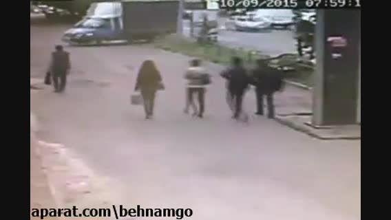 حادثه دلخراش برای دختر در خیابان...!