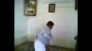 رقص دیدنی مرد عرب :)