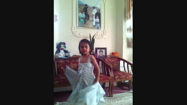 رقص زیبای فاطمه جان www.ipkakashmar.ir