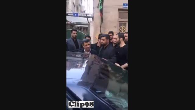 احمدی نژاد رو ببینید چطوری ضایع میشه!