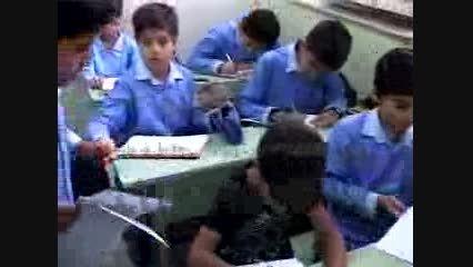 گزارش کودک و نوجوان در رابطه با امتحانات پایانی دبستان