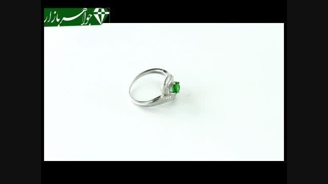 انگشتر نقره نگین سبز طرح تابان زنانه - کد 6985