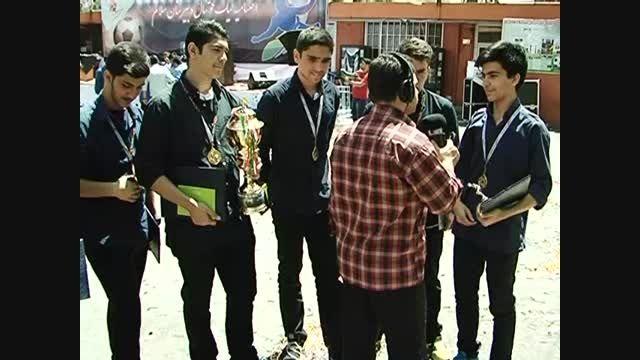 مصاحبه با تیم قهرمان لیگ فوتبال دبیرستان سلام تجریش