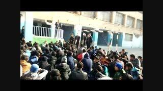 حسین طلا در جمع دانش آموزان دبیرستان ابوذر غفاری م 4