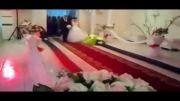 باز شدن گل ها با ورود داماد و عروس