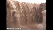 آمدن سیل در سیلاب های بهاباد