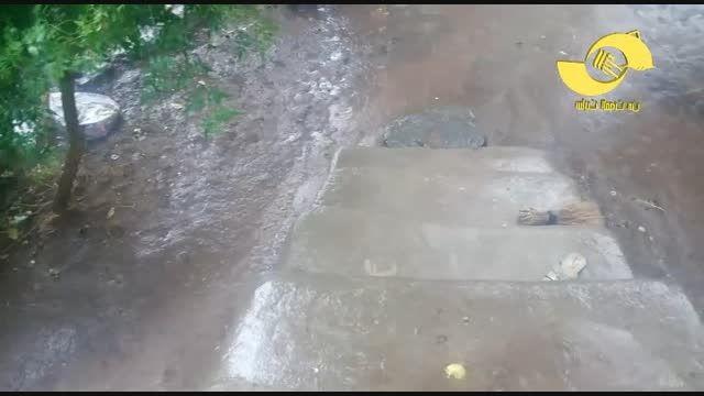 یک روز بارانی در روستای شورستان الموت شرقی