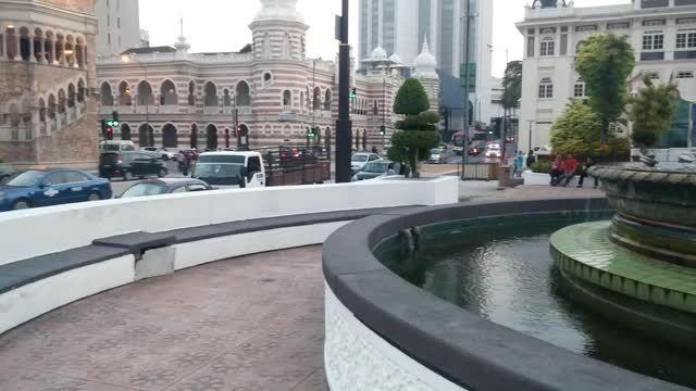 آب نمایی زیبا و دیدینی در شهر کوالالامپور