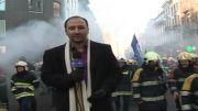 درگیری پلیس و آتش نشانهای معترض