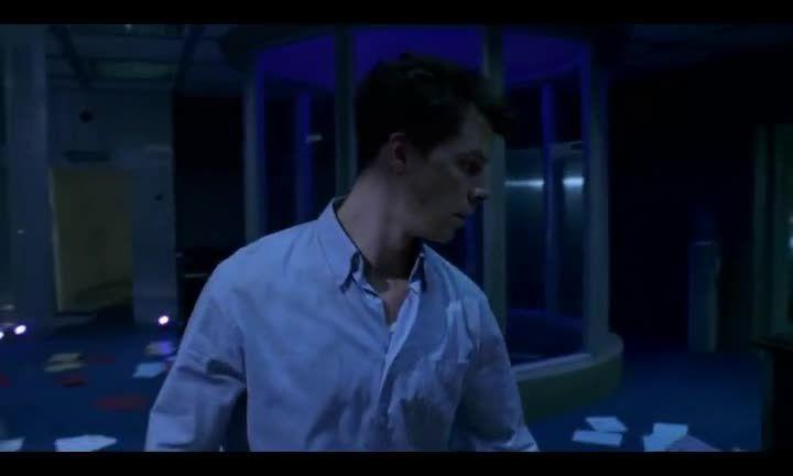 فیلم شیطان مقیم ۱ Resident Evil(زیرنویس پارسی) part 3