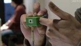 کادر عکس در دوربین بند انگشتی Ubi-Camera، انگشتان دست شماست