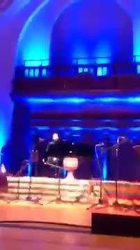 سامی یوسف- اجرای ترانه برو در کنسرت لندن 2015