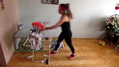تمرینات ورزشی با کارهای خانه!
