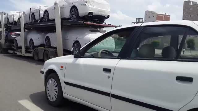 تریلی حمل مازراتی در اردبیل