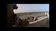 لحظه عبور تیر تك تیر انداز طالبان از بالای سر نظامی امریكایی