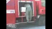 کلیپ خنده دار مهار آتش توسط آتش نشانی **