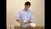 سریعترین راه پوست کندن تخم مرغ آب پز