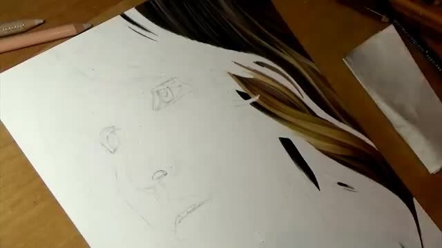 نقاشی مداد رنگی از جنیفر لورانس