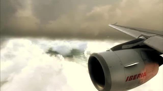 فرود دیدنی ایرباس A320 در هوای بارانی شبیه ساز الماس
